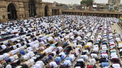 shalat jumat tidak di masjid