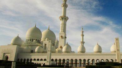 Photo of Shalat Tahiyatul Masjid Saat Khatib Berkhutbah